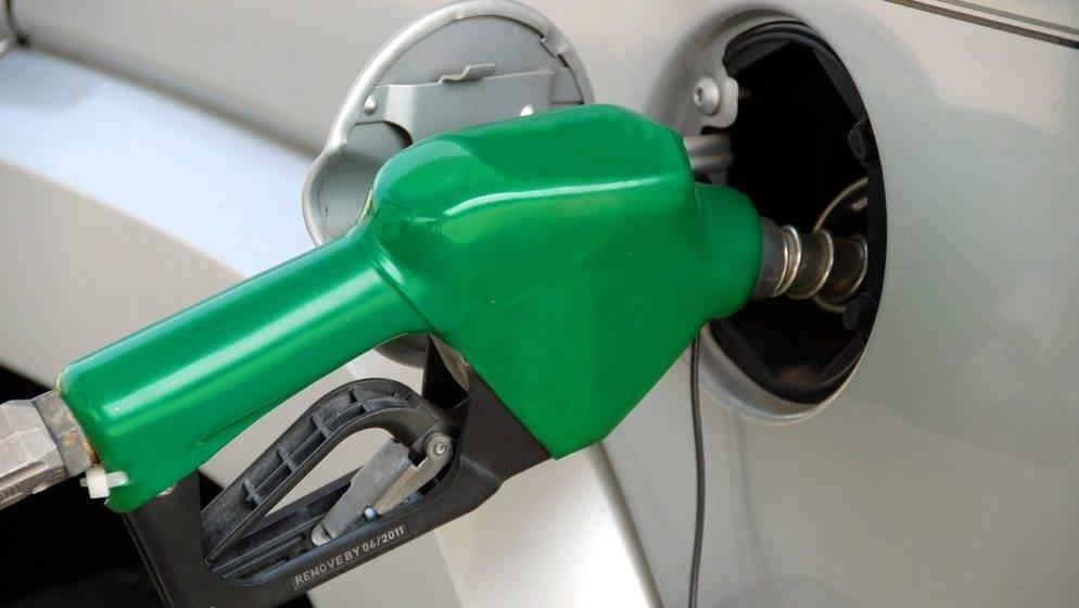 U Velikoj Britaniji presušile benzinske postaje zbog panike građana