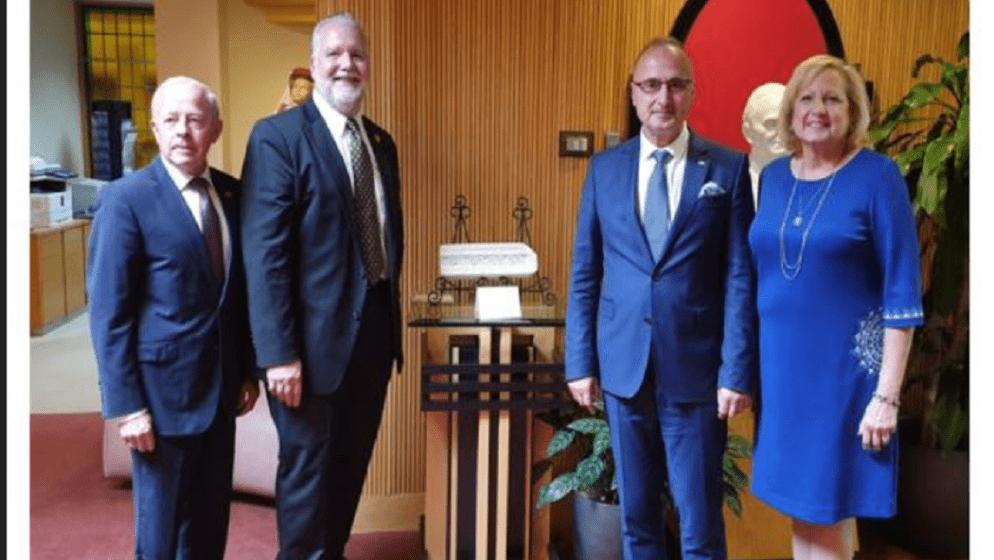 Ministar Grlić Radman se sastao Hrvatskom bratskom zajednicom
