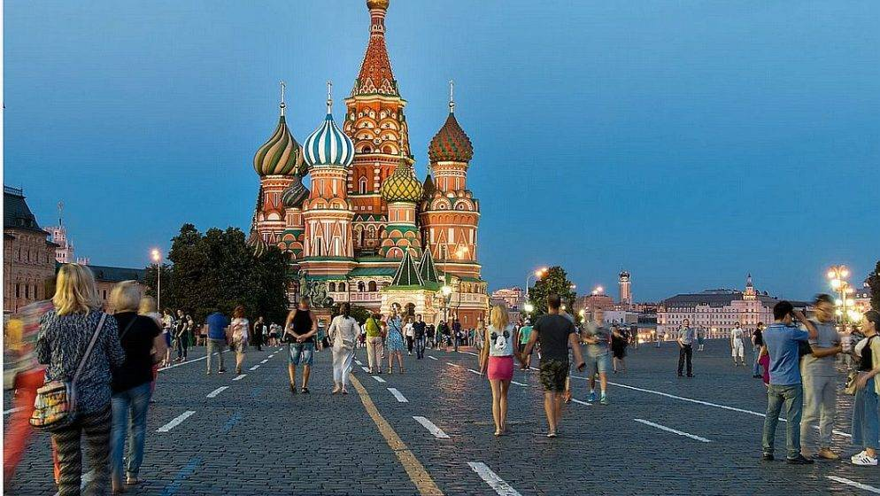 Moskva brani starijima od 60 koji nisu cijepljeni izlazak iz kuće na četiri mjeseca!