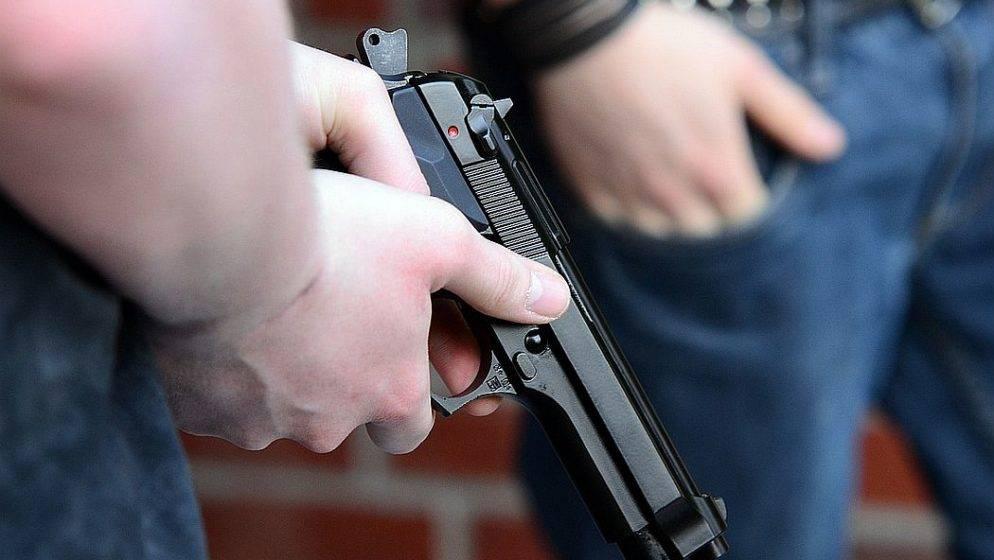 Tragedija na filmskom setu: Slavni glumac pucajući iz rekvizita ubio snimateljicu