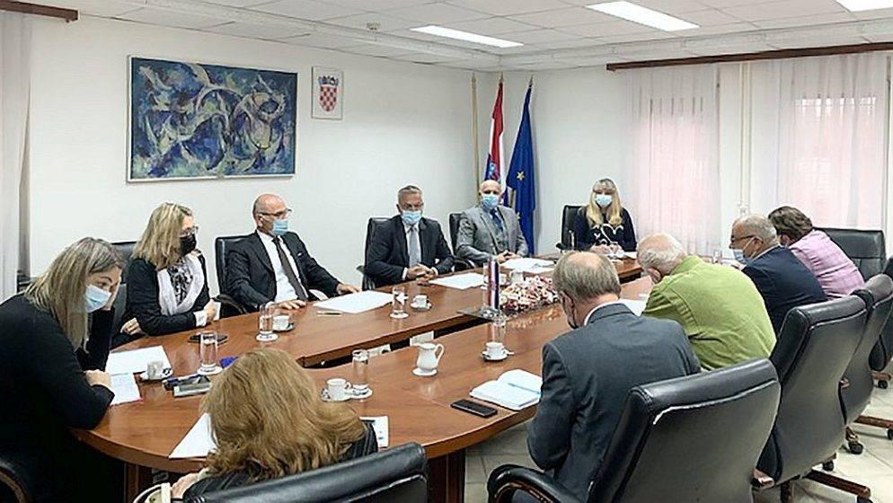 Održana šesta sjednica Povjerenstva za pitanje statusa Hrvata u Republici Sloveniji